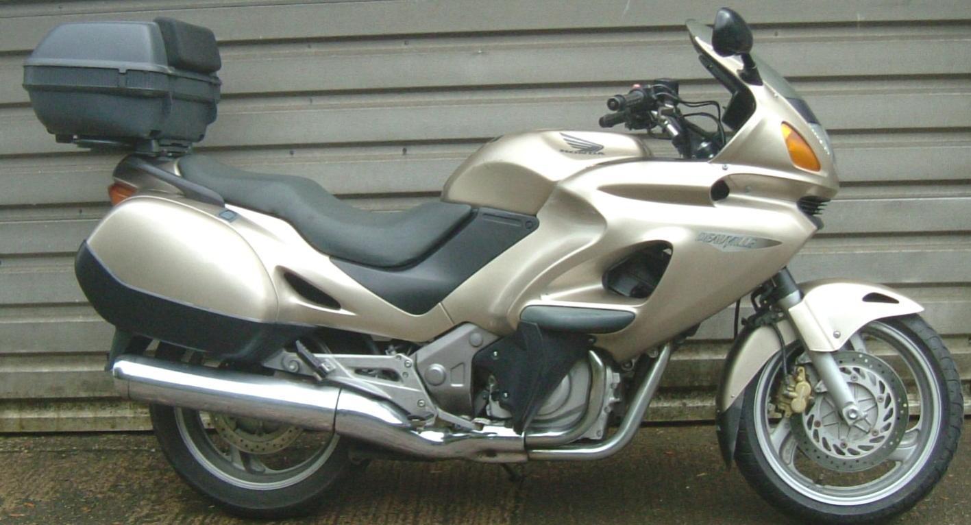 Thread: Honda 1999 Deauville NT650V, 9600 miles, £1850